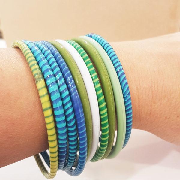 Set of 10 Bracelets Mix of Recycled Flip Flop Bracelets from Mali + Silicon one coloured bracelets