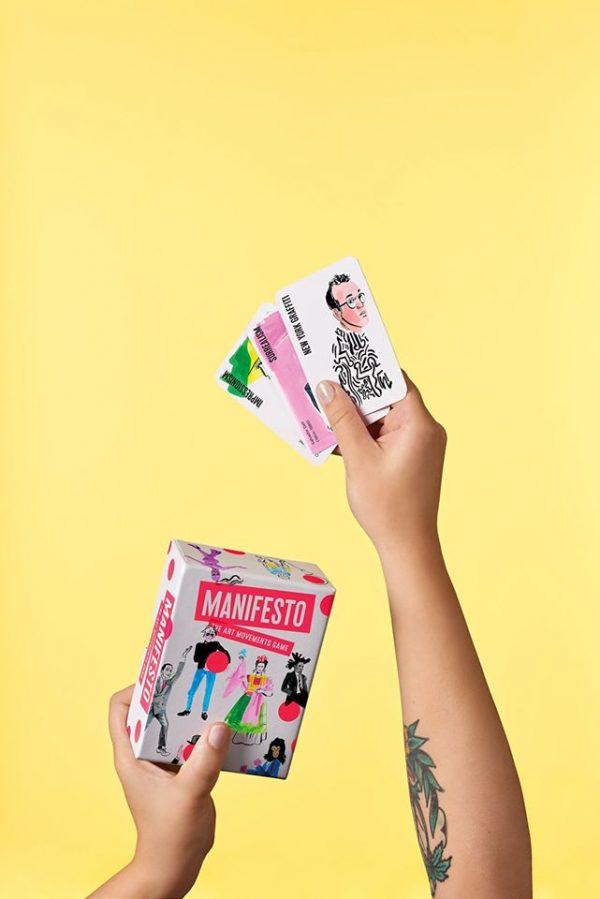 Manifesto - משחק רביעיות