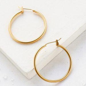 nika-earrings עגיל חישוק שלומית אופיר