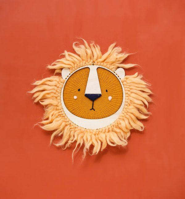 מסכת אריה דקורטיבית ליצירה עצמית