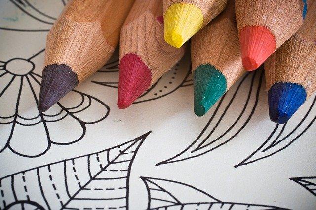גרין קווין חנות עיצוב: ערכות יצירה לילדים, חוברות צביעה או חוברות מדבקות