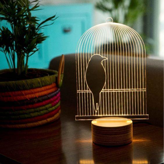 גרין קווין | מנורת לד ציפור בכלוב - שתרגישו ציפור דרור, קולקציית BULBING