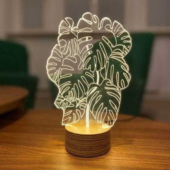 גרין קווין | מנורת מונסטרה לד - שיהיה לכם ירוק בעיניים, קולקציית BULBING