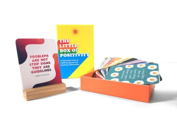 קלף ביום, קופסת מתנה, מארז מתנה של קלפי השראה יומיומיים