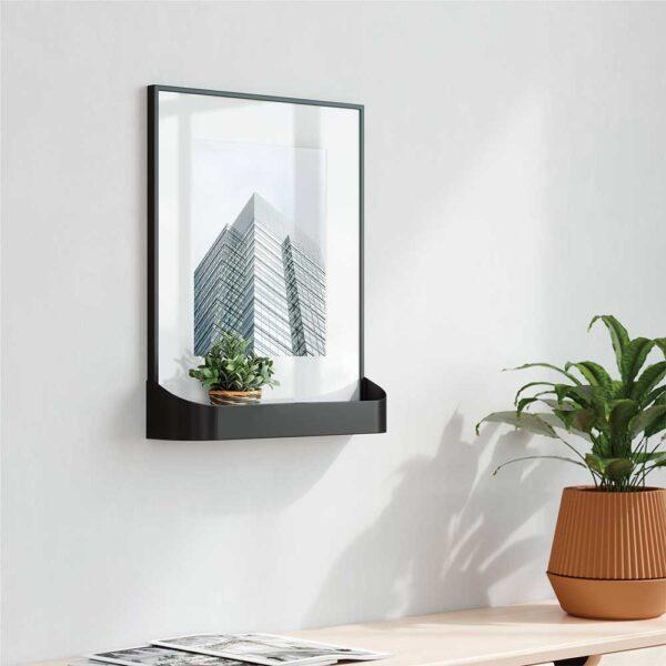 GREEN QUEEN - חנות עיצוב MATINEE מסגרת תמונה עם מדף מבית UMBRA